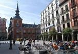 Location vacances  Province de Madrid - Hostal La Perla Asturiana-1