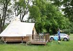 Camping avec Piscine Cublize - Camping Le Nid Du Parc-1