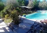 Location vacances  Alpes-de-Haute-Provence - L'eden d'ètè au Mazier des 3ifs piscine de 11 par 4m chauffée-1