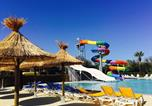 Camping avec Ambiance club Agde - Camping Les Champs Blancs-2
