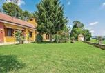 Location vacances Faicchio - Three-Bedroom Holiday Home in Alvignano Ce-1