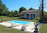 Location vacances Cahuzac - Holiday Home Septhommes - Dou300-1