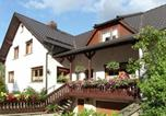 Location vacances Altenfeld - Comfortable holiday home with terraces located in the southern part of the Thuringia Forest-1