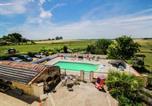 Location vacances Bougneau - Gite le Petit Dernier-1