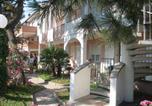 Location vacances Porto Garibaldi - Homely Apartment in Lido Degli Estensi-1
