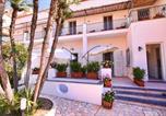 Location vacances  Ville métropolitaine de Naples - Villa Giardini Luxury Room-1