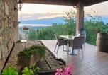 Location vacances Cavaion Veronese - Farm house Castelmontioni Lazise-1