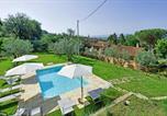 Location vacances  Province d'Arezzo - Tenuta il Pino Morandi-1