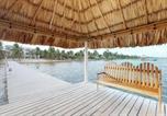 Location vacances  Belize - Blue Water Beach Villas-4