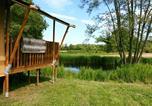 Camping avec Piscine couverte / chauffée Bar-sur-Aube - Flower Camping le Domaine du Buisson-1