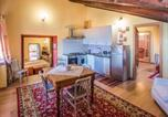 Location vacances Massino Visconti - Monte Apartment Sleeps 4 Pool Wifi-4