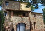 Location vacances Casole d'Elsa - Idyllic Countryside Apartment on Chianti hills with pool-2
