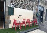 Hôtel Pontorson - Home Saint Michel-restaurant Chicken cabana-3