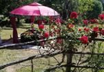 Location vacances Beynat - La Petite Maison De La Vallée-3