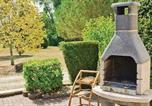 Location vacances  Charente - Holiday home Baignes-St.-Radegonde with a Fireplace 389-2