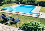 Location vacances Águeda - House with 2 bedrooms in Agueda with wonderful mountain view shared pool and Wifi 50 km from the beach-1