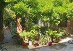 Location vacances  Seine-Saint-Denis - Warm duplex 60 M², independent, new, with terrace, on garden-1