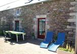 Location vacances Pléboulle - Holiday Home Frehel - 04-4