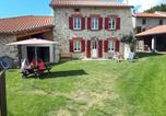 Location vacances  Haute-Loire - Gite des Portes d'Auvergne-1