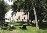 Location vacances Chaptuzat - L'Orangerie-1