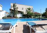 Location vacances Montbrió del Camp - Villa Gladiols-3