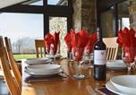 Location vacances Llandeilo - Cennen Cottages -Longhouse-3