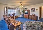 Location vacances Tulsa - Pet-Friendly Bartlesville Retreat with Yard!-2