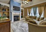 Location vacances Lakeland - Lavish Cordova House with Pool Table and Media Room!-1