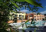Location vacances Cucuron - Résidence La Licorne de Haute-Provence
