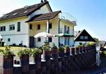Location vacances Gummersbach - Ferienwohnungen nähe Badesee mit Blick auf die Berge-1