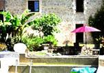Location vacances Lachapelle-Auzac - Gite Blagour chez les pieds dans l'eau-1