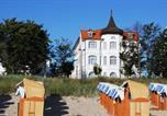 Hôtel Binz - Strandhotel Binz-1
