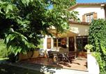 Location vacances Anghiari - Beautiful Holiday Home with Swimming Pool in Le Ville-2