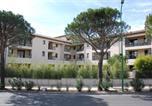Hôtel Montaren-et-Saint-Médiers - Uzes Appart Hotel Résidence Le Mas des Oliviers-1