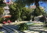 Hôtel Bahamas - A Stone's Throw Away-4