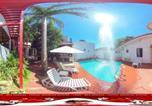 Location vacances  Paraguay - Apartahotel Maison Suisse-1