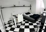 Location vacances Brezovica - Black and White Studio-4
