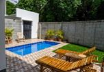 Location vacances  Nicaragua - Townhome w Pool, Modern and Secure - Walk to Beach and Town-4