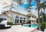 Location vacances Fort Lauderdale - Las Olas Isles Manor - O00 Pool Home-1