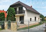 Location vacances Balatonkeresztúr - Holiday Home Sport - Maf121-1