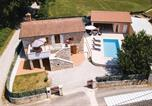Location vacances Pazin - Three-Bedroom Holiday Home in Pazin-1