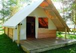 Camping avec Quartiers VIP / Premium Saint-Cyprien - Flower Domaine de la Palme-3
