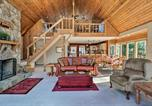 Location vacances Macon - Spacious Lake Sinclair A-Frame with Boat Dock and Slip!-1