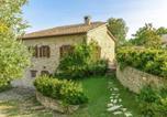 Location vacances Mercatello sul Metauro - Beautiful Villa in Belforte all'Isauro with Swimming Pool-2