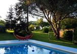 Location vacances Garlin - House with 2 bedrooms in Coudures with shared pool enclosed garden and Wifi-1