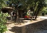 Location vacances Cabrières-d'Avignon - One-Bedroom Holiday home Les Imberts-3