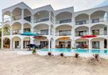 Location vacances  Belize - Blue Water Beach Villas-3