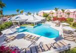 Hôtel Bahamas - Comfort Suites Paradise Island-1