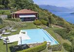 Location vacances Monvalle - Villa Falcone 5 Bedrooms 10 Pax-2