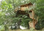 Hôtel Vitrac - Les Cabanes Dans Les Arbres De Caluche-1
